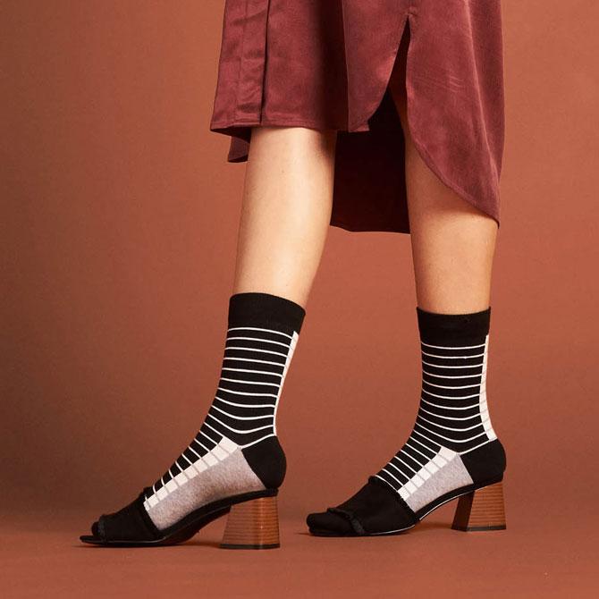 paletti Teaser Accessoires Qnoop Socken aus Biobaumwolle